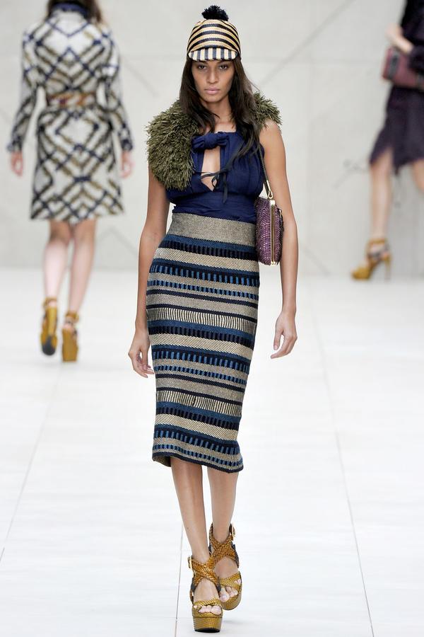 编织创意服装设计图