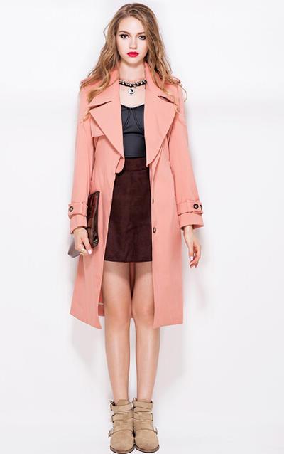 粉红色大衣如何搭配_非常大气的一款大衣,甜美的杏粉色,是气质名媛的大爱.